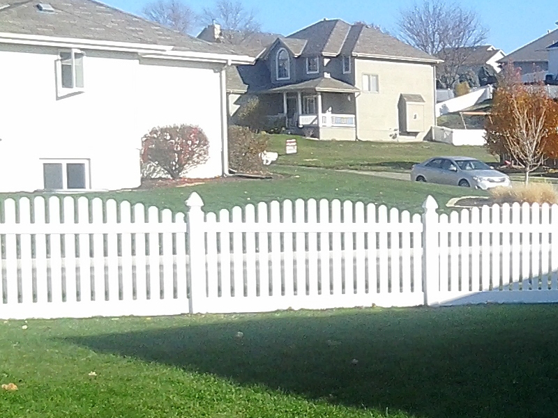 Advantage Fencing Of Omaha, NE : Vinyl And PVC